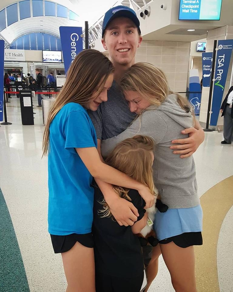 Noel Nelson tells his sisters goodbye as he departs for the Pacific Crest Trail